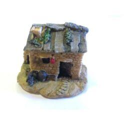 Fatetős mini kőház