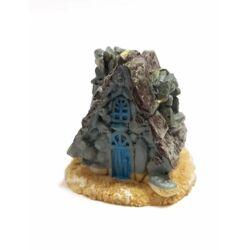 Kőház, fatetős, szürke